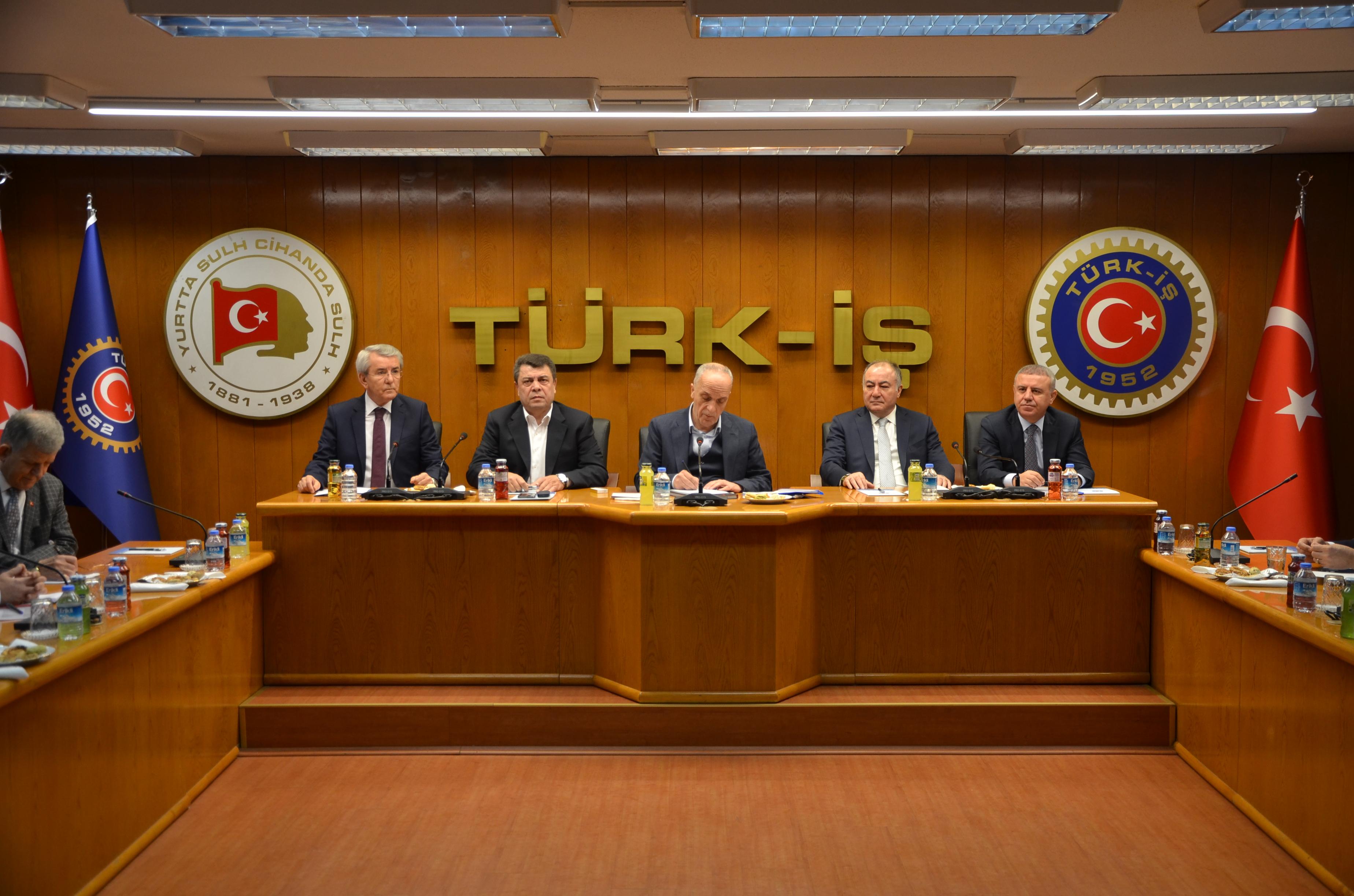 TÜRK-İŞ Başkanlar Kurulu, 23 Ocak 2019 Çarşamba günü TÜRK-İŞ Genel Merkezi'nde toplandı.