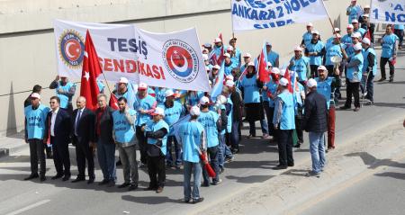 TÜRK-İŞ 1 MAYIS'I TANDOĞAN'DA KUTLADI