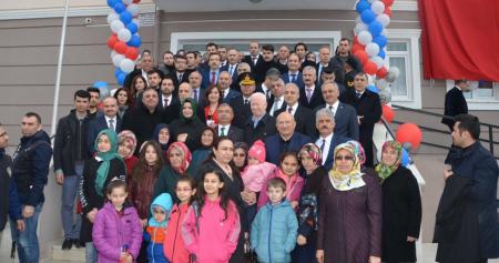 MUSTAFA ŞAHİN, TÜRK-İŞ Madenciler İlkokulu Açılışına Katıldı